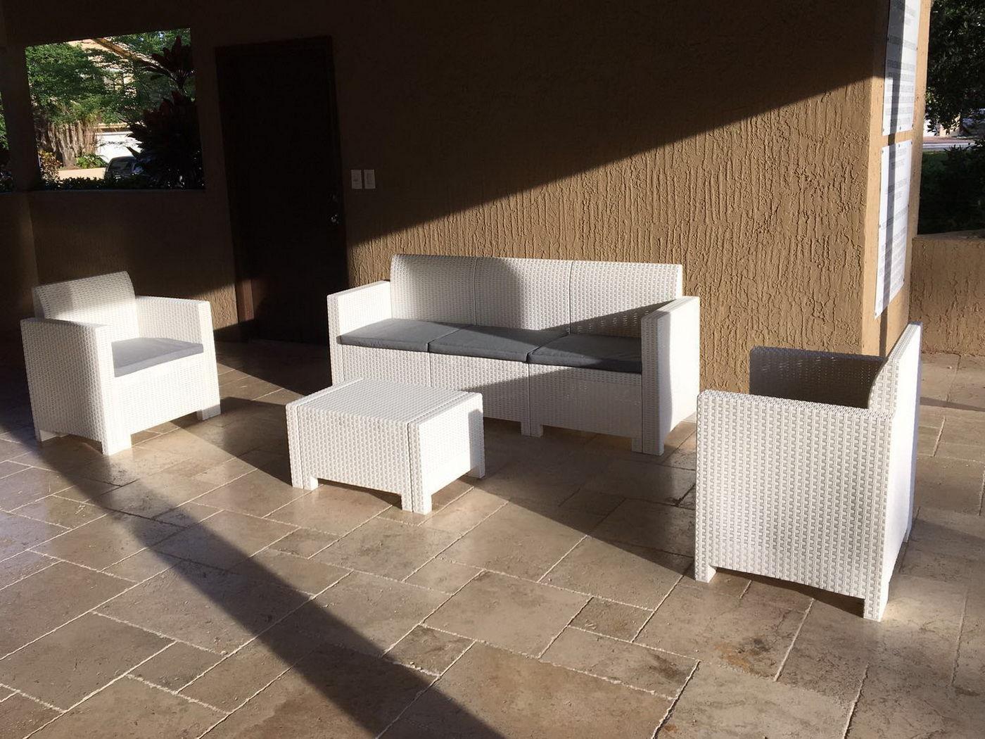 Комплект пластиковой мебели Nebraska 3