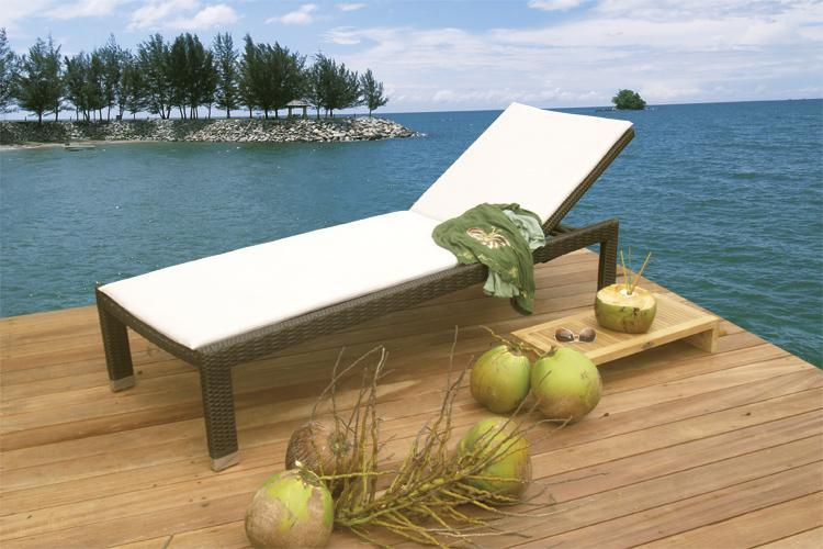 Шезлонг-лежак плетеный Tonga