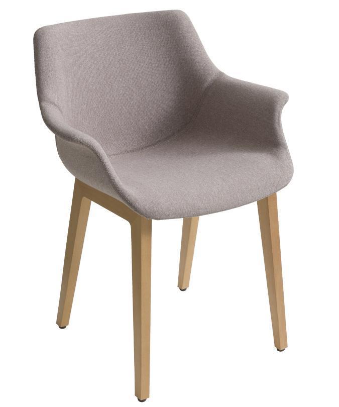 Кресло с обивкой More BL