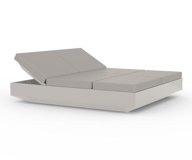 Лежак пластиковый Vela 4 reclining backrest square Basic