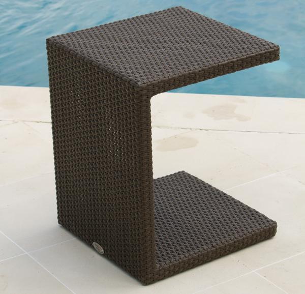 Стол плетеный со стеклом для лежака Malta/Madisson