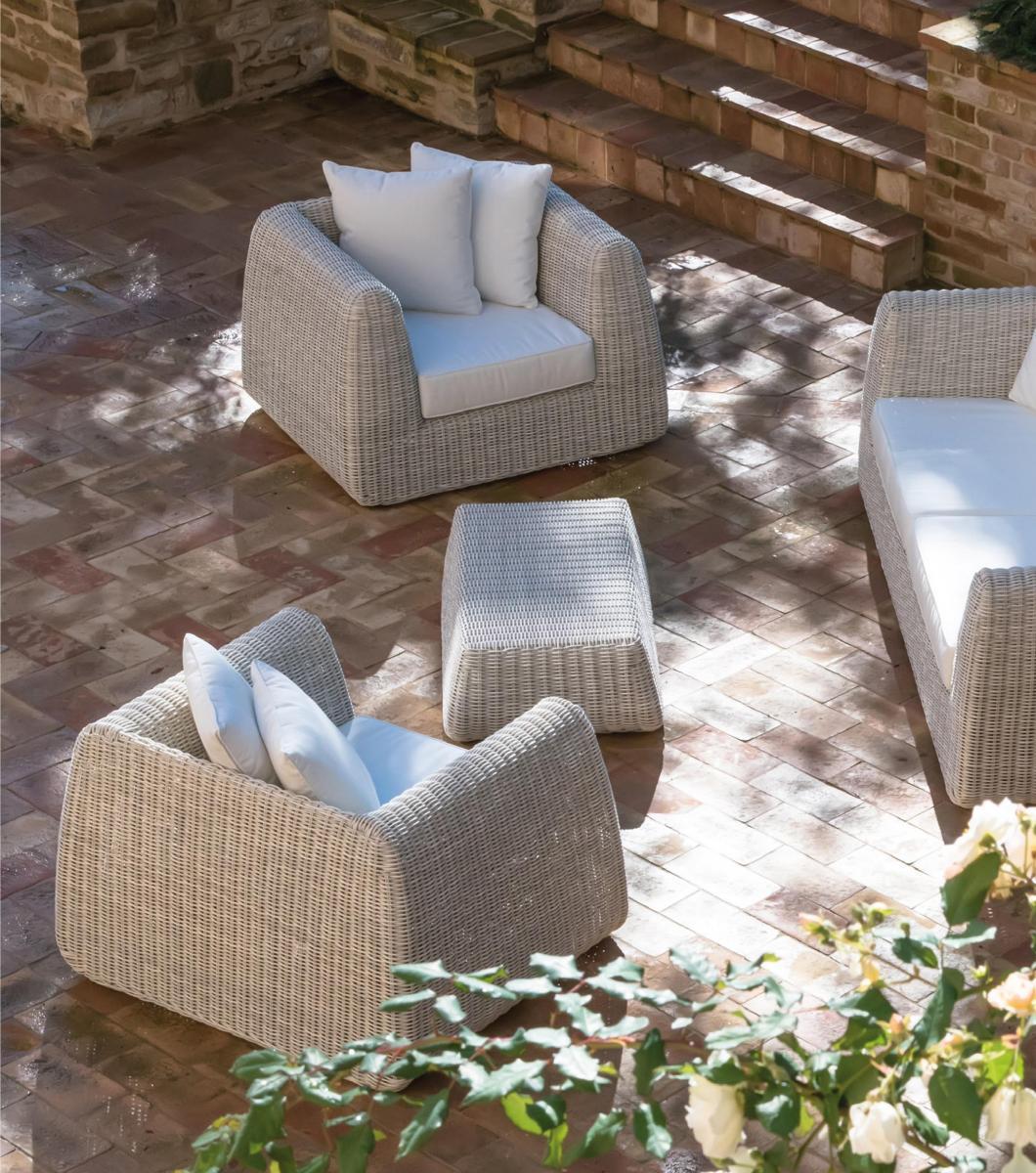 Кресло плетеное с подушкой Cactus