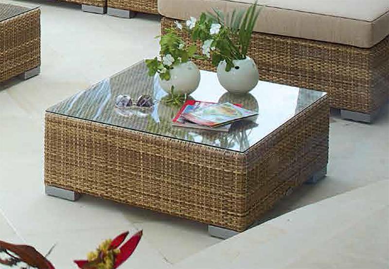 Стол плетеный со стеклом журнальный Pacific