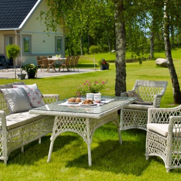 Комплекты мебели из ротанга для кафе, ресторана