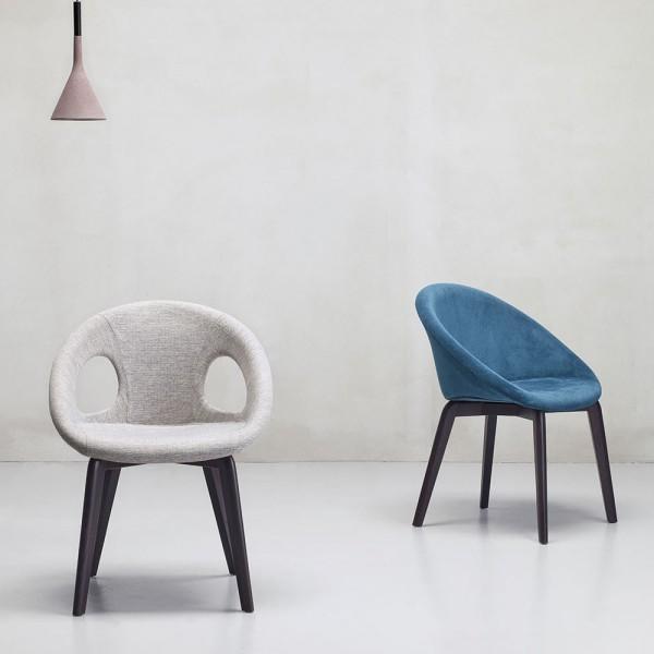 Кресла для кафе на деревянном каркасе